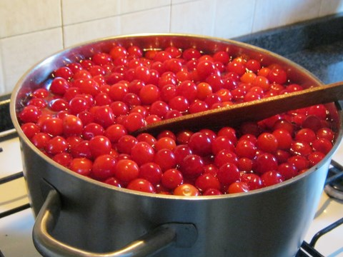 cherries for jam